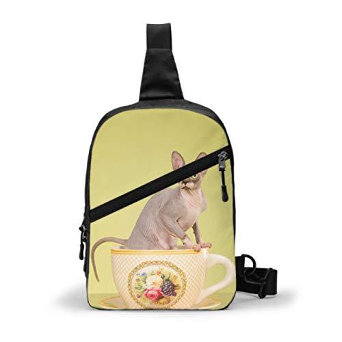 Sling Rucksack, Reise Wandern Daypack Hairless Sphynx Cat Große Tasse Auf Falten Brust Umhängetasche