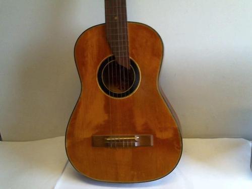 Gitarre um 1880