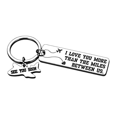 Long Distance Relationship Keychain Gifts for Boyfriend Girlfriend Couple Christmas Valentine's Day Birthday Anniversary Present I Love You More Than The Mile Between Us Jewelry for Husband Wife Lover