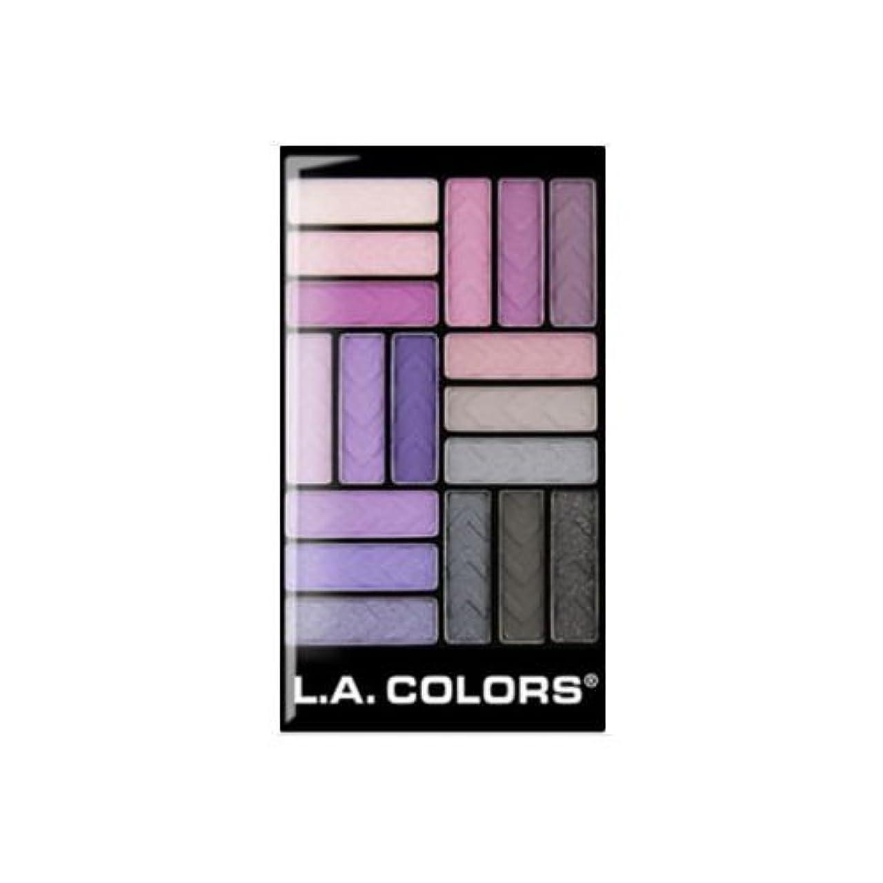 落ち着いたリビジョン脅かす(3 Pack) L.A. COLORS 18 Color Eyeshadow - Strange Love (並行輸入品)