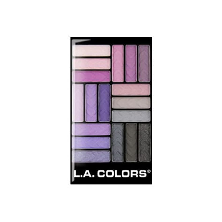 冷える雲怖い(3 Pack) L.A. COLORS 18 Color Eyeshadow - Strange Love (並行輸入品)