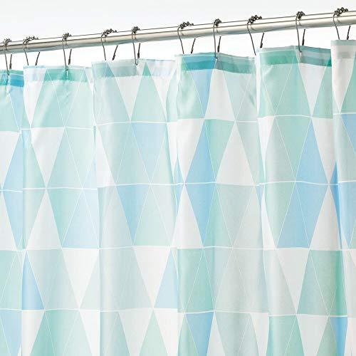 mDesign Polyester Stoff Dreieck Duschvorhang Badezimmer Dusche & Badewanne, Wasserabweisend für Master, Kinder, Gäste-WC, 183 x 213 cm, Blau