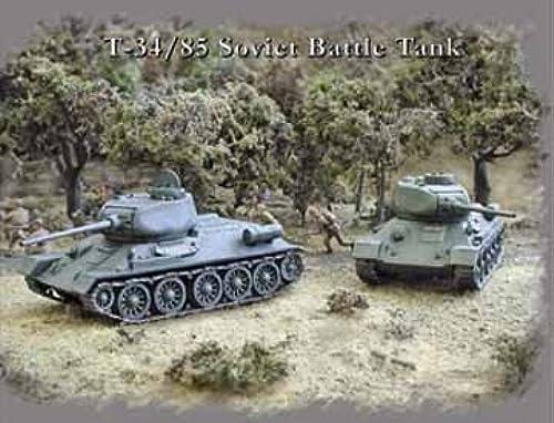 1 72 T-34 85 Soviet Battle Tanks (2) by Pegasus Hobby