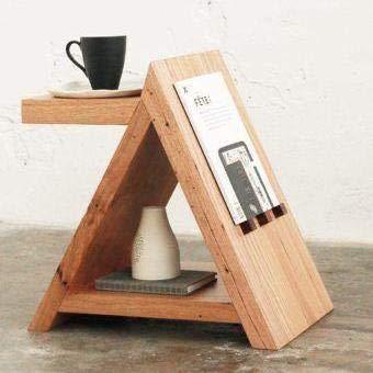 Hannun Beistelltisch Kania, 40x35x25cm   Dreieck Nachttisch, Massivholz-Tisch, Handarbeit aus Barcelona, Farbe: Olive