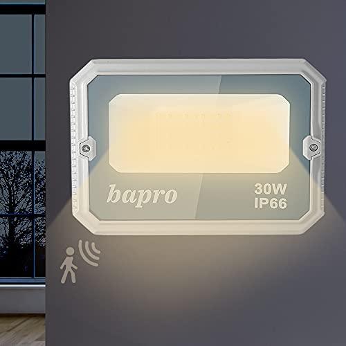 Faretto LED da Esterno con Sensore di Radar, 30W Proiettori LED con Sensore di Movimento, 3000LM Super Luminosa Bianco Caldo Luce di Sicurezza, IP66 Impermeabile Faretti Esterni per Giardino/Garage