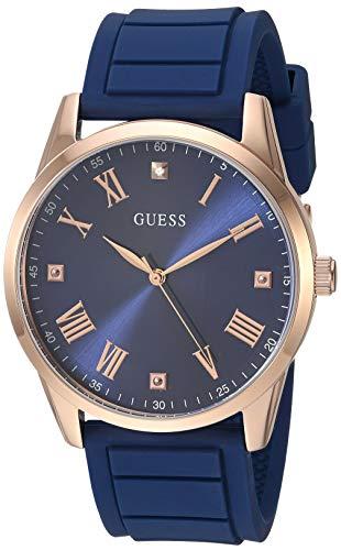 GUESS Relógio de silicone confortável e icônico azul resistente a manchas com mostrador de diamante azul + algarismos romanos em tom de ouro rosa Cor: tom ouro/azul (modelo U1221G3)