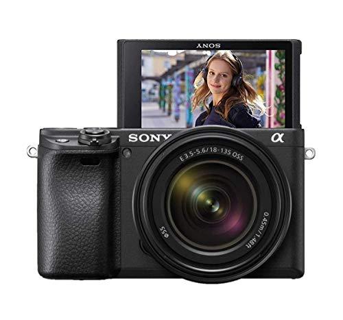 Sony Alpha 6400 - Cámara evil APS-C con objetivo zoom Sony 18-135mm f/3.5-5.6 (Enfoque automático rápido 0.02s, 24.2 Megapíxeles, grabación de vídeos en 4K y pantalla inclinable para Vlogging)
