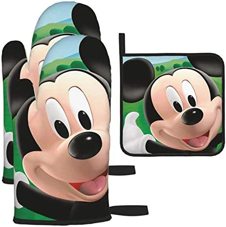 Mickey Mouse Oven Mitts and Pot Holders Sets 3 Piece Set product image