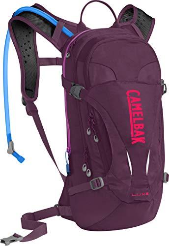 CamelBak Products LLC L.U.X.E. - Chaqueta para Mujer Normani - Mochila de hidratación, 100 oz, Color Morado