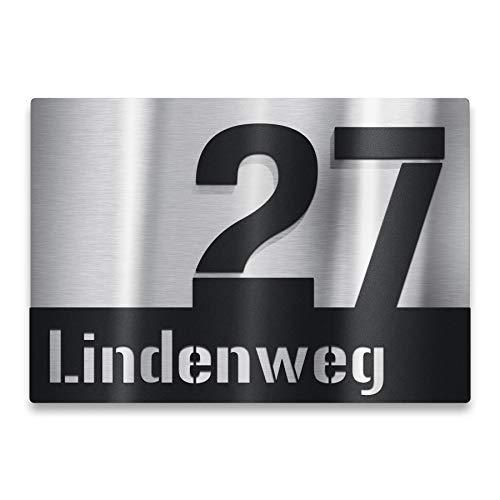 Metzler Edelstahl Hausnummernschild mit 3D-Effekt - Edelstahl Türschild mit aufgesetzter Hausnummer und Straße - Hausnummernschild - Größe: 25 x 17,5 cm (Schwarz)
