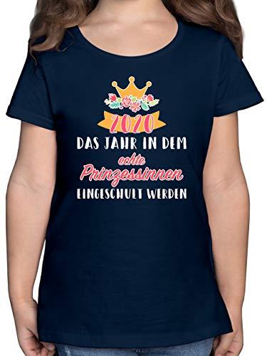 Einschulung und Schulanfang - 2020 Das Jahr in dem Prinzessinnen eingeschult Werden - 128 (7/8 Jahre) - Dunkelblau - Schulanfang Maedchen Geschenk - F131K - Mädchen Kinder T-Shirt