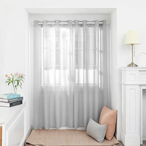 Deconovo Gardinen Transparent Vorhänge mit Ösen Stores Wohnzimmer Schlafzimmer Ösenschal Grau 138x140 cm 2er Set