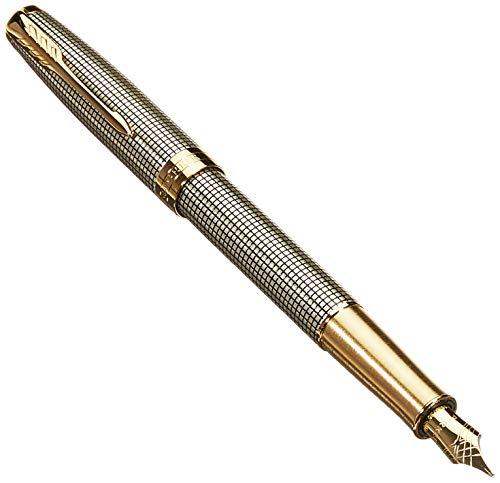 Parker Sonnet - Pluma estilográfica (de plata grabada, con adorno bañado en oro y plumín mediano de 18K, en estuche)
