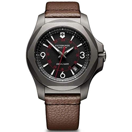 Victorinox Herren Analog Quarz Uhr mit Leder Armband 241778