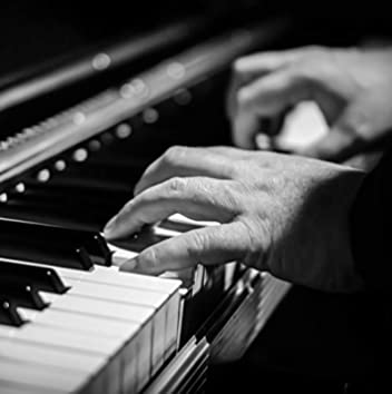 25 Peaceful Piano Tracks for Ultimate Winter Tranquility