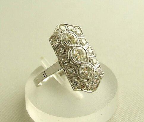 Christian Wit gouden Art Deco Ring met diamanten