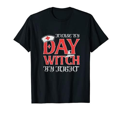 Enfermera por da bruja por noche escuadrn Broomstick Witchcraft Camiseta