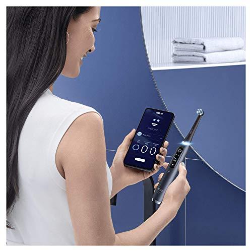 Oral-B iO - 9s - Go Electric Spazzolino Elettrico Ricaricabile, 1 Spazzolino Nero con Tecnologia Magnetica, Display a Colori, 1 Testina, 1 Custodia da Viaggio con Caricatore