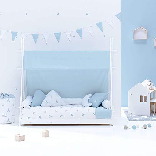 ALONDRA – Camita cabaña HOMY Montessori infantil para niños 70x140 completa con textiles. Incluye: toldo, nórdico, estructura casita tipi con somier, textiles INDIANA BLU Celeste 111, sin colchón.