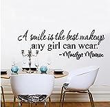 una sonrisa es el mejor maquillaje Marilyn Monroe cita inspiradora pegatinas de pared chica decoración del hogar calcomanía de vinilo arte mural de la habitación