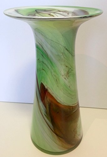 Oberstdorfer Glashütte Groene vaas met voet, tulpenvaas, gekleurd glazen vaas met grote opening, groen beige wit gemarmerd decoratief kristalglas, bloemenvaas aan de voet, mondgeblazen hoogte ca. 25 cm.