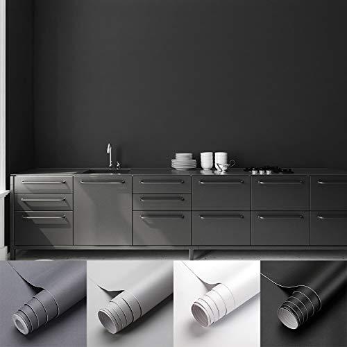 KINLO Matte Klebefolie Schwarz 0.61x5m Selbstklebende Möbelfolie Küchenschrankfolie wasserfest Aufkleber aus PVC Selbstklebende Tapete Dekofolie Ohne Geruch Kratzfest für Wand Küchen Möbel Zimmer