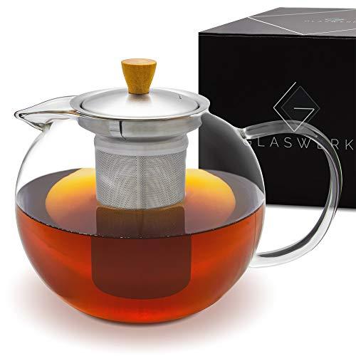 GLASWERK Design Teekanne (1,3L) - Teekanne Glas mit edlem Holzgriff - Teekanne mit Siebeinsatz aus rostfreiem Edelstahl