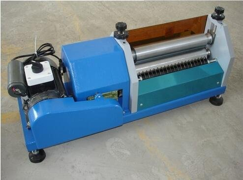Lowest Prices! 270mm(10.6 inch) Automatic Gluing Machine 10m/min Glue Coating for Paper Leather 250W...