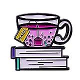 Spilla con smalto per il tè e il libro Spilla per lo stile di vita rilassante Regalo per gli amanti del tè e della lettura per un inverno accogliente