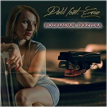 Rozkładam Skrzydła (feat. Enia)