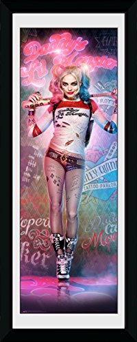 GB Eye Limited DC Comics Suicide Squad Harley Quinn Stand Gerahmter Druck, Poster, Mehrfarbig, 30 x 75 cm
