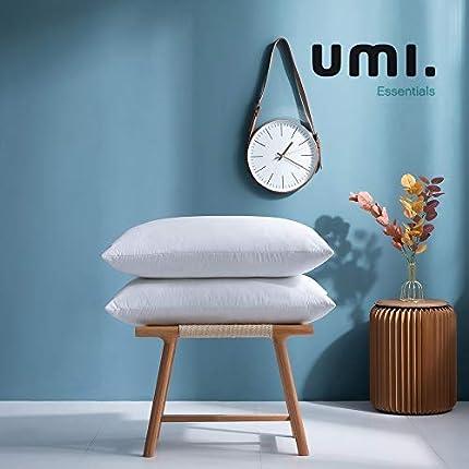 Amazon Brand - Umi Pack de Dos Almohadas de Plumas de Ganso Blancas con Tela 100% de algodón (48 x 74 cm,firmeza Mediana)