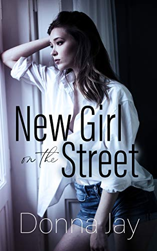 New Girl on the Street: A Lesbian Romance set in New Zealand (English