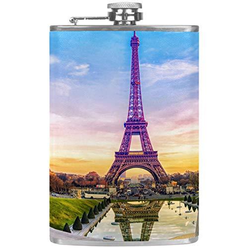 Petaca de acero inoxidable con diseño de Torre Eiffel de 8 onzas para licor con embudo