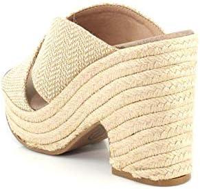 Chinese shoe store _image4
