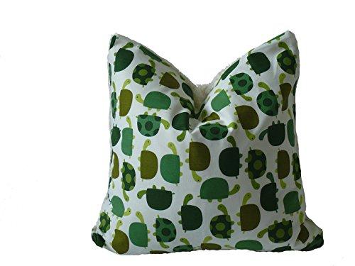 Fitzibiz Kinderkissenbezug Paul, Öko-Teddy, Schildkrötendruck, weiß, bunt 50x50cm auch in anderen Größen verfügbar