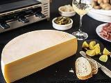 RACLETTE KÄSE - AKTION: Schweizer Raclettekäse 'RACLETTE SWISS' als 1/2 (halber) Käse Laib 2,4 kg - VAKUUMVERPACKT - Laktosefrei - Vegetarisches Lab - Aus bester Sommermilch