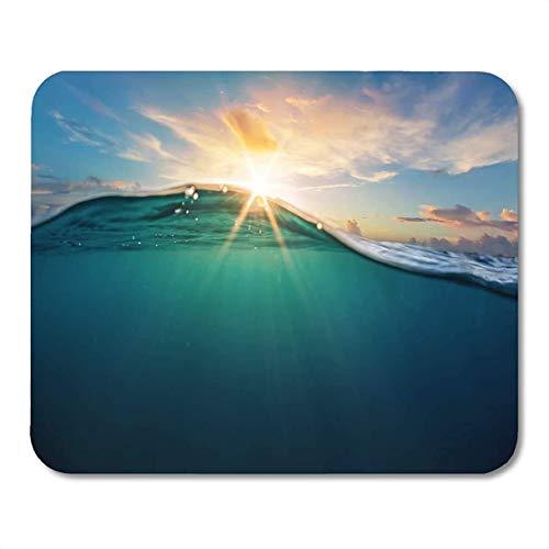 Mauspads Abstrakter Ozean-Unterwasserteil und Sonnenuntergang-Oberlicht geteilt durch Wasserlinie Schöne Wolken Helle Sonne über Mousepad für Laptop, Desktop-Mini-Mausmatten