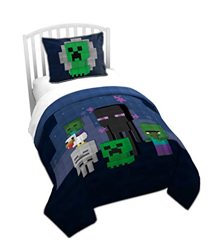 Jay Franco Minecraft Bad Night Full/Queen Quilt & Sham Set - Super Soft Kids Bedding Features Creeper & Enderman - Fade Resistant Microfiber (Official Minecraft Product)