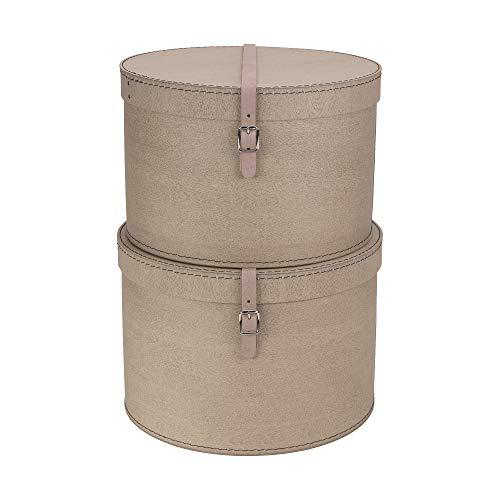 Bigso Box of Sweden 2er-Set Aufbewahrungsbox mit Deckel – runde Ordnungsbox mit Lederriemen – große und kleine Hutschachtel aus Faserplatte und Papier in Leinenoptik – Hellbraun