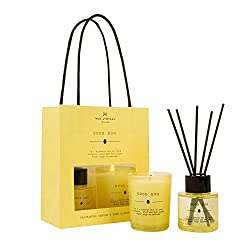 Dictionary is Wax Lyricals latest giftware collection, offering beautifully crafted home fragrances to celebrate those special people in your life. This home fragrance gift bag includes a 40ml reed diffuser and a votive scented candle and is presente...