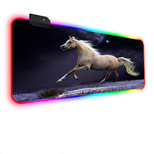 Tapis de Souris Gaming Tapis de Souris RVB Cheval Prairie USB Jeu Tapis de Souris LED XXL 14 Modes d'éclairage Clavier pour PC, Ordinateur Portable, Ordinateur, bureau-500x1000mm