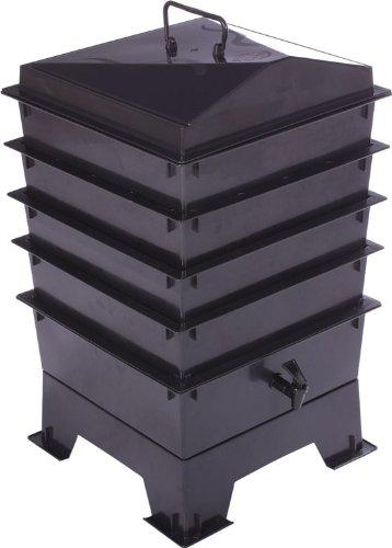 Lombricomposteur à 4plateaux, accès facile au compost, comprend des vers. Noir.