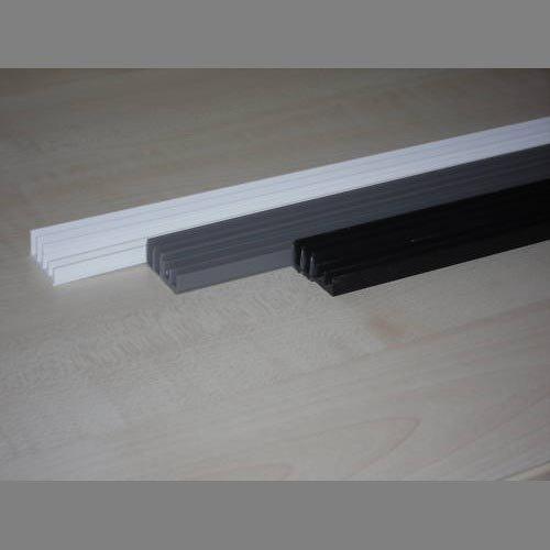 Terra Exotica Glasführungsprofil schwarz 4 mm - 150 cm unten