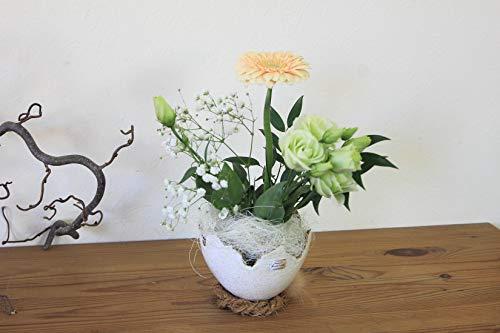 Eischale mit Nest, Blumenvase