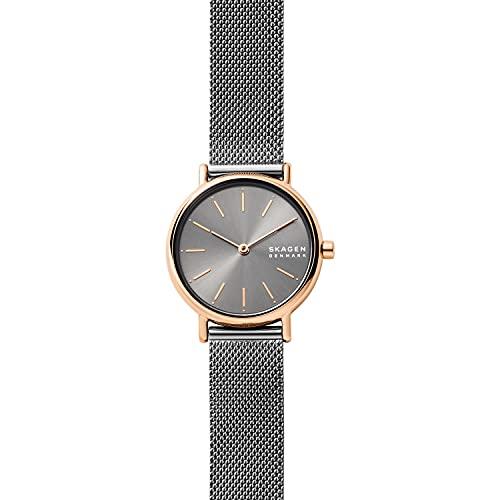 Reloj Signatur para mujer, de Skagen, con al menos un 50% de acero inoxidable reciclado en tono oro rosa y con dos agujas, SKW2996