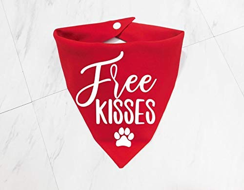 Cute Washable Solid Color Whoa Dog E Free Kisses Valentine's Day Dog Cat Pet Bandana Triangle Bibs Holiday Scarf For Extra Small Small Medium Large Animals