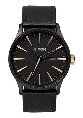 Nixon Montre Homme Analogique Quartz avec Bracelet en Cuir – A1051041-00