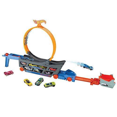 Hot Wheels GWT38 - Stunt N Go Transporter und Trackset, Spielzeug ab 4 Jahren, Abweichungen in Verpackung vorbehalten