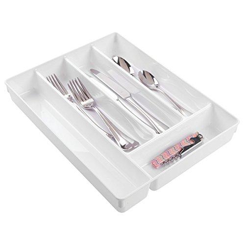 mDesign vassoio portaposate bianco – ideale organizer cassetti cucina per posate e utensili cucina – funzionale porta posate da cassetto in plastica – 6 comodi e pratici scomparti